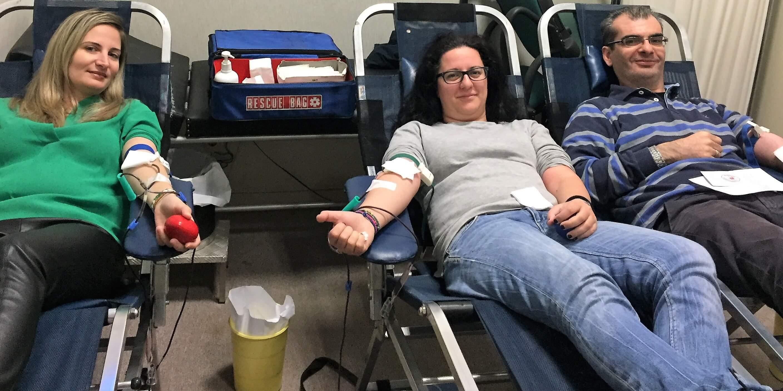 Εργαζόμενοι του ΔΕΣΦΑ σε εθελοντική αιμοδοσία